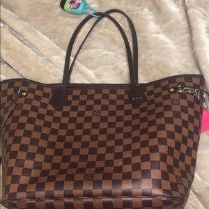 cf3caf7d59c7 Louis Vuitton Neverfull Handbags